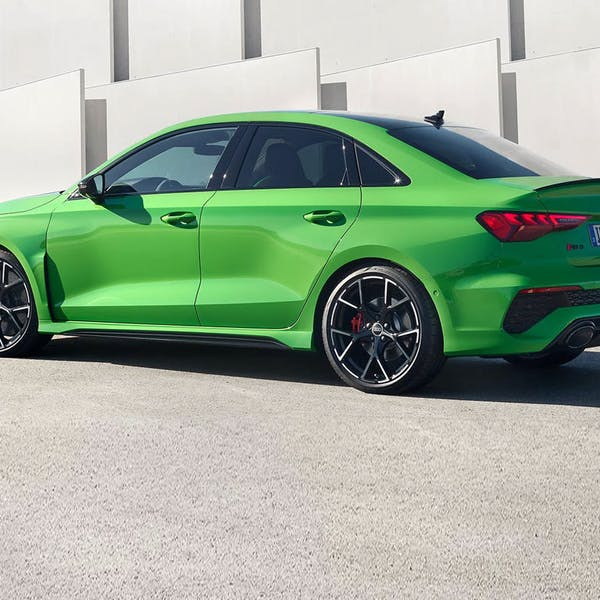 RS 3 Saloon