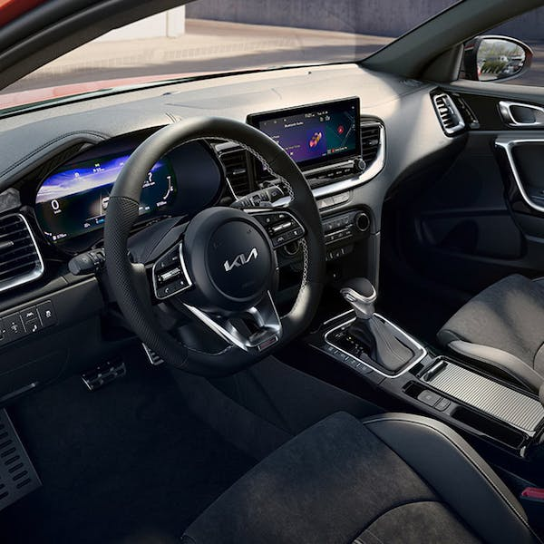 Kia Ceed 1 6 Crdi Isg 2 5dr Dct Diesel Sportswagon: New Kia Ceed Cars For Sale, New Kia Ceed Cars Offers And Deals