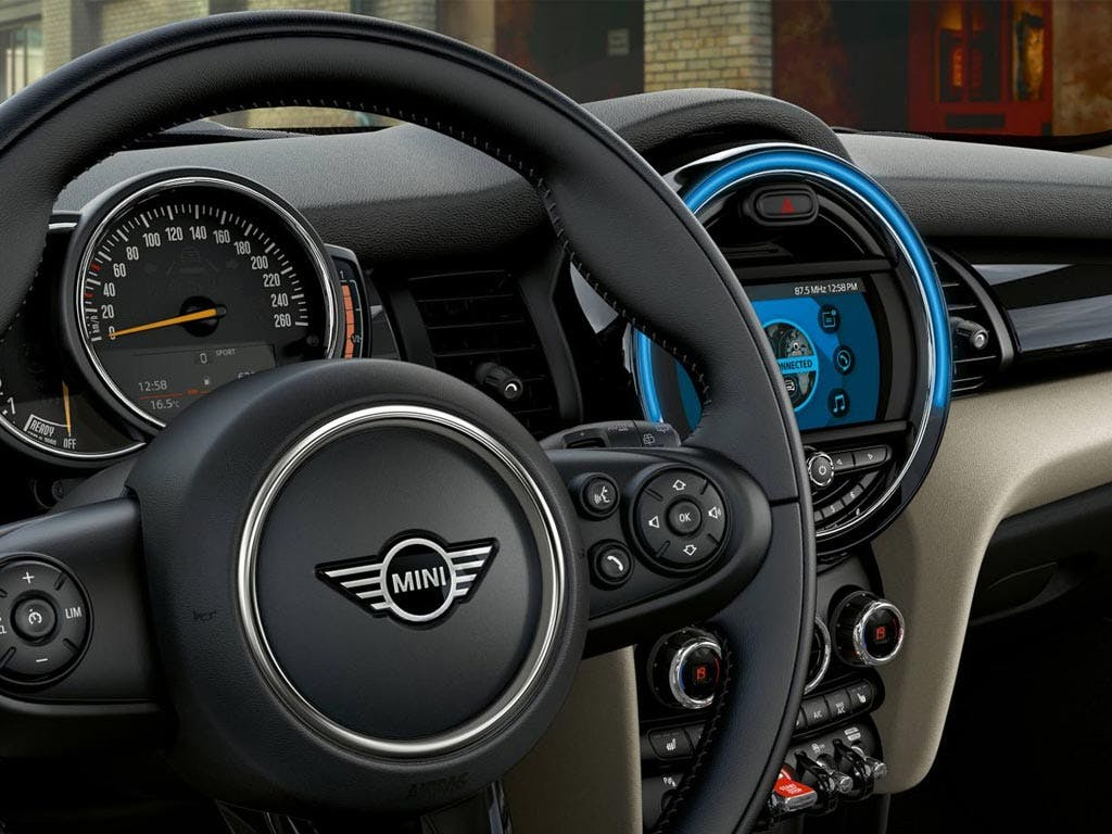 Mini 5 Door Hatch 1 5i Cooper Classic 5 Door